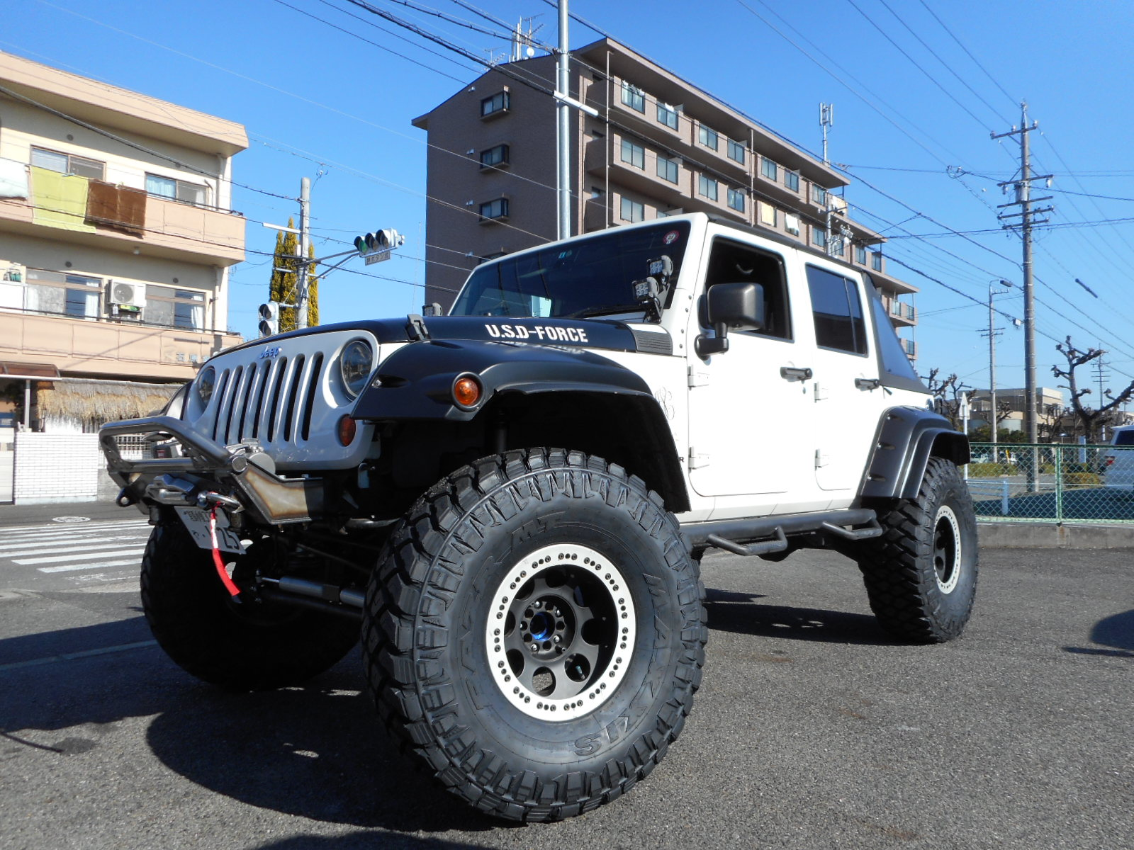 MAXXIS MT-772 40X13.50R17 取り付け